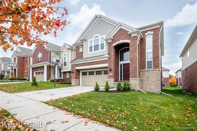 28285 Wolcott Drive, Novi, MI 48377 (#2210056927) :: BestMichiganHouses.com