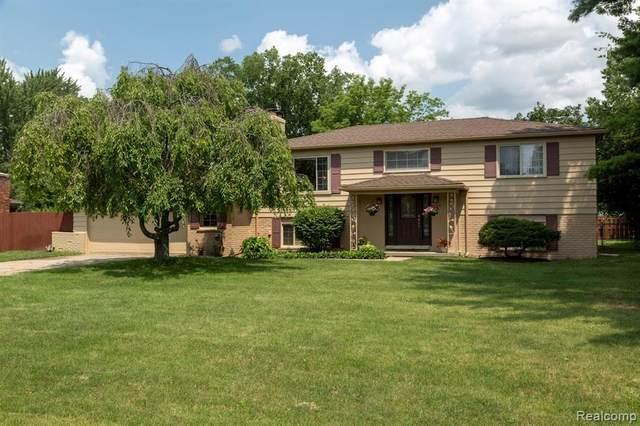 3570 Paddington Drive, Troy, MI 48084 (#2210057786) :: Real Estate For A CAUSE