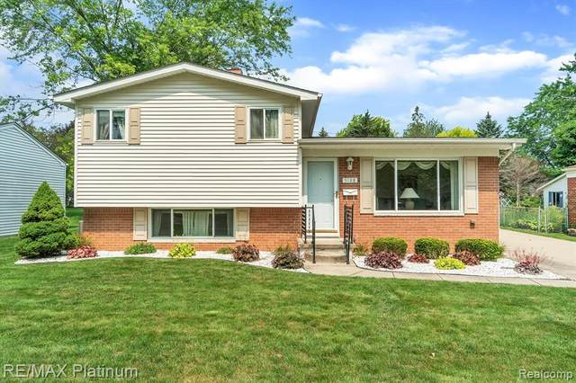 5188 Winshall Drive, Swartz Creek, MI 48473 (#2210058390) :: Real Estate For A CAUSE