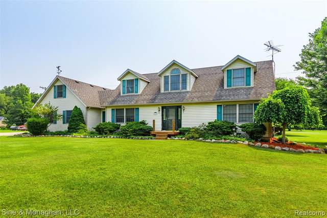 8855 Folkert Road, Clay Twp, MI 48001 (#2210058409) :: Real Estate For A CAUSE