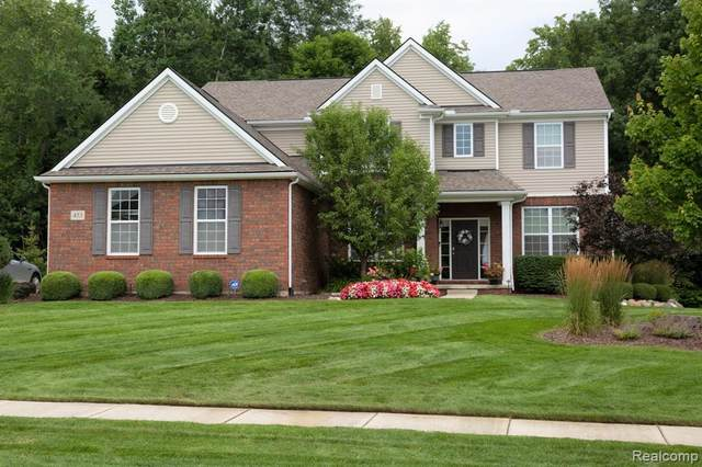 453 Mill House Drive, Oakland Twp, MI 48363 (#2210058700) :: The Alex Nugent Team | Real Estate One