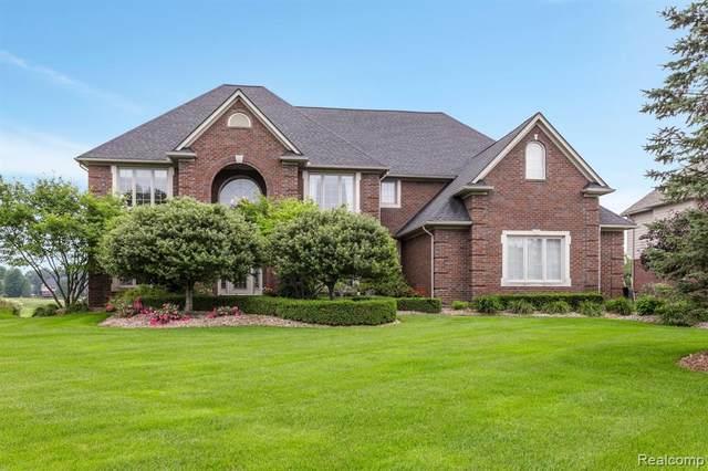 2384 Pebble Beach Drive, Oakland Twp, MI 48363 (#2210058997) :: The Alex Nugent Team | Real Estate One
