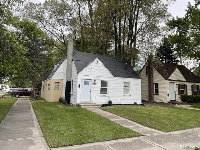 18101 Cornwall, Detroit, MI 48224 (#2210060255) :: Duneske Real Estate Advisors