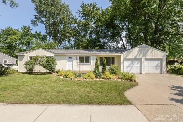 2123 Champagne Drive, Ann Arbor, MI 48108 (#543282802) :: The Alex Nugent Team | Real Estate One