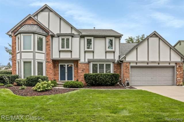 24596 Venice Drive, Novi, MI 48374 (#2210065350) :: Duneske Real Estate Advisors