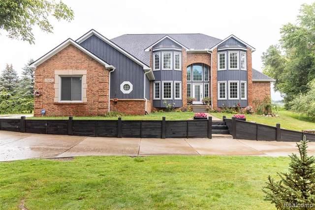 13247 9 MILE Road, Green Oak Twp, MI 48178 (#2210065728) :: The Vance Group   Keller Williams Domain