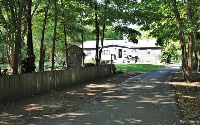 1176 W Huron River Drive, Van Buren Twp, MI 48111 (#2210066013) :: GK Real Estate Team