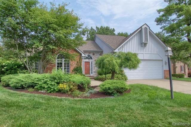 43241 Ashbury Drive, Novi, MI 48375 (#2210066091) :: Duneske Real Estate Advisors