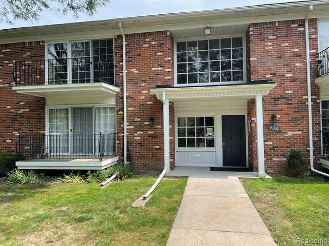 436 S Fox Hills Drive #5, Bloomfield Twp, MI 48304 (#2210066578) :: Robert E Smith Realty