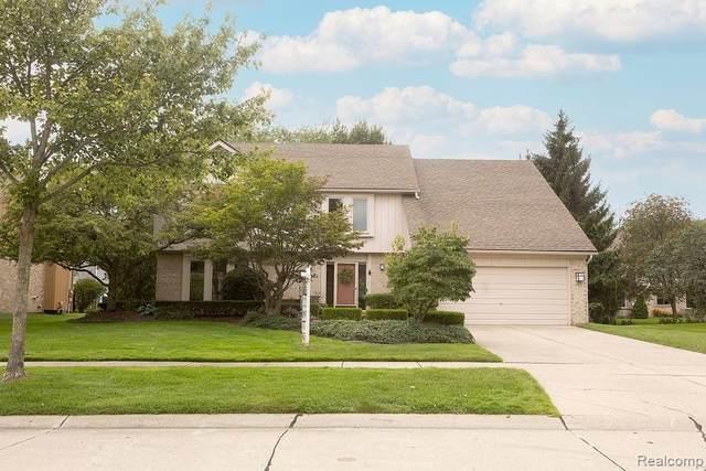 24593 Redwing Drive, Novi, MI 48374 (#2210067357) :: Duneske Real Estate Advisors