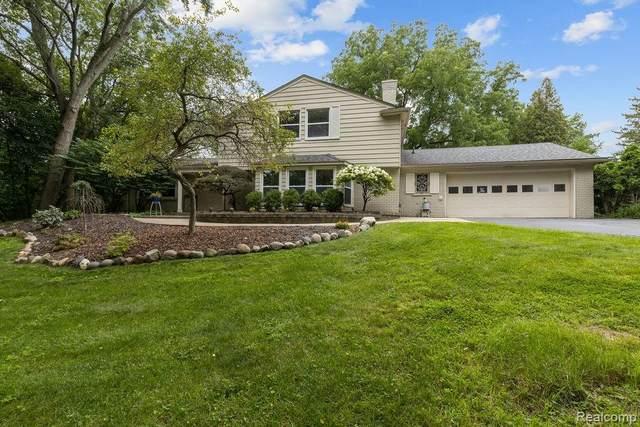 1612 Northumberland Drive, Rochester Hills, MI 48309 (#2210067566) :: GK Real Estate Team