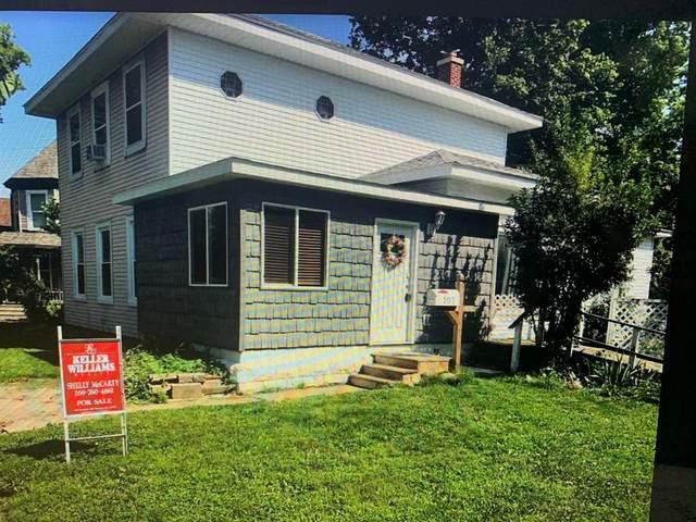 107 N Maple Street, Sturgis, MI 49091 (#66021102137) :: The Vance Group | Keller Williams Domain
