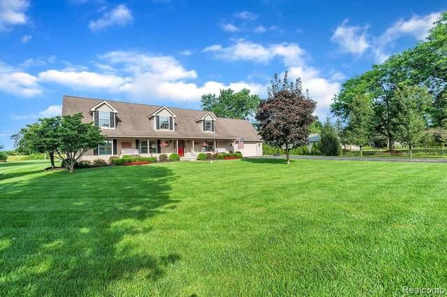 10417 Homestead Lane, Salem Twp, MI 48170 (#2210070773) :: GK Real Estate Team