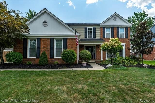 45035 Roundview Drive, Novi, MI 48375 (#2210071547) :: Duneske Real Estate Advisors