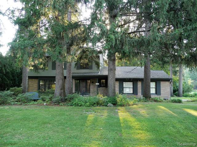 23229 Gilbar Street, Novi, MI 48375 (#2210071778) :: Duneske Real Estate Advisors