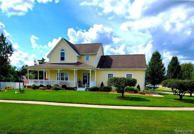282 Pauline Pass, Linden, MI 48451 (#2210072603) :: Real Estate For A CAUSE