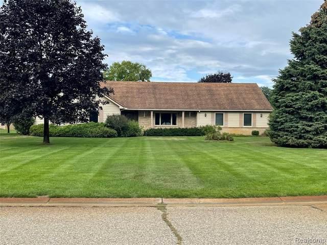 10058 Longford Court, Green Oak Twp, MI 48178 (#2210074194) :: Duneske Real Estate Advisors