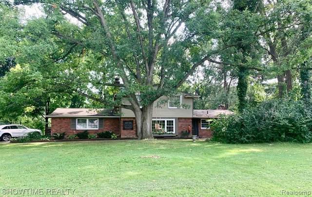 1210 Ashover Drive, Bloomfield Twp, MI 48304 (#2210075390) :: GK Real Estate Team