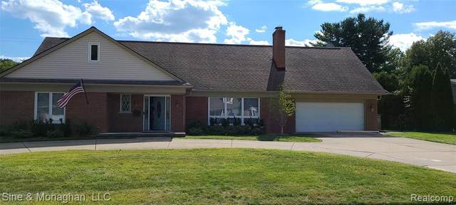 35 Fontana Lane, Village of Grosse Pointe Shores, MI 48236 (#2210076107) :: The Vance Group   Keller Williams Domain