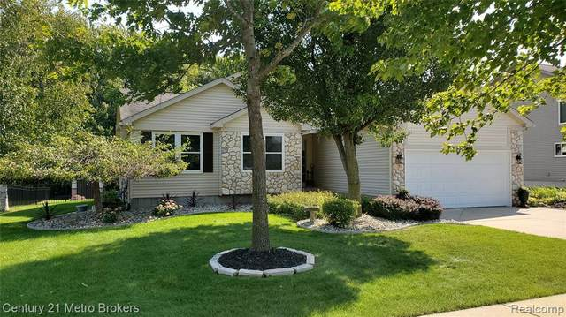 1449 Silver Pond, Davison Twp, MI 48423 (#2210076134) :: GK Real Estate Team