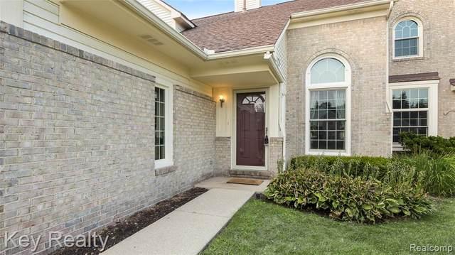 43460 Algonquin Drive, Novi, MI 48375 (#2210076300) :: Duneske Real Estate Advisors