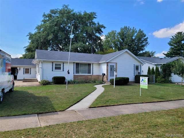 1352 Wisconsin Street, Marysville, MI 48040 (#2210076524) :: The Vance Group | Keller Williams Domain
