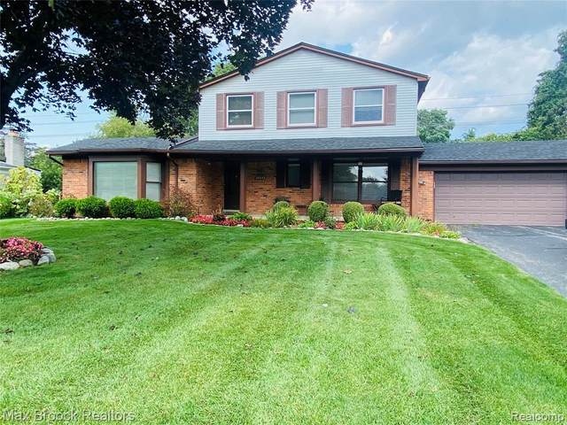 32642 Olde Franklin Drive, Farmington Hills, MI 48334 (#2210077255) :: GK Real Estate Team