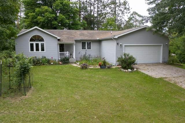 211 N Cedar Street, Evart, MI 49631 (#65021106049) :: Duneske Real Estate Advisors