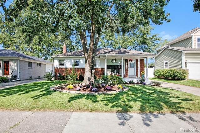 1415 Midland Blvd, Royal Oak, MI 48073 (#2210078240) :: GK Real Estate Team