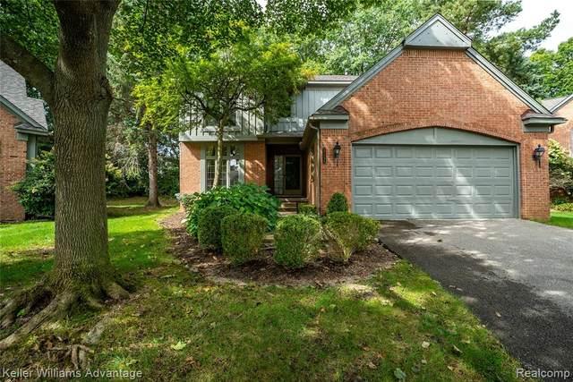 37696 Burton Drive, Farmington Hills, MI 48331 (#2210078521) :: Real Estate For A CAUSE