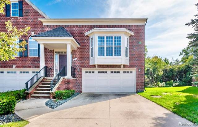 786 Red Run Drive, Troy, MI 48085 (#2210078697) :: Real Estate For A CAUSE