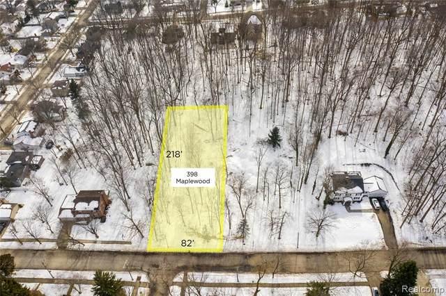 398 Maplewood Street, Northville, MI 48167 (#2210078845) :: Duneske Real Estate Advisors