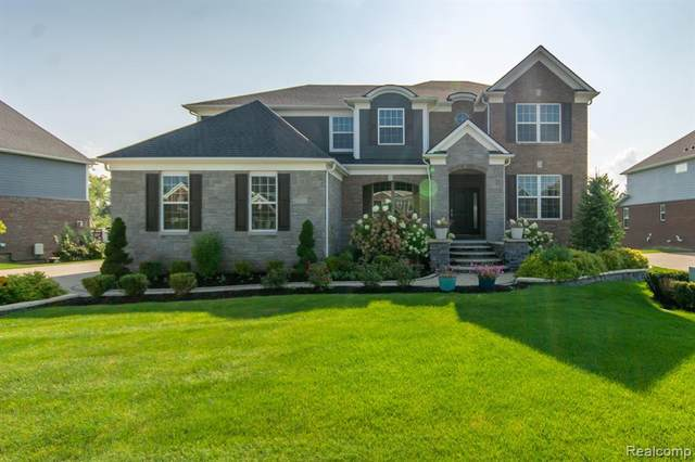 22721 Arcadia Blfs, Lyon Twp, MI 48178 (#2210078943) :: Real Estate For A CAUSE