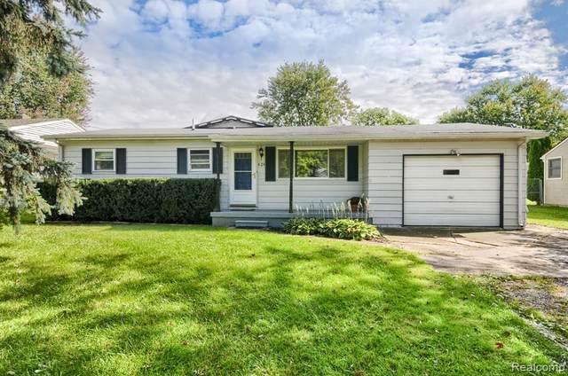 824 Moore Street, Davison, MI 48423 (#2210080919) :: National Realty Centers, Inc