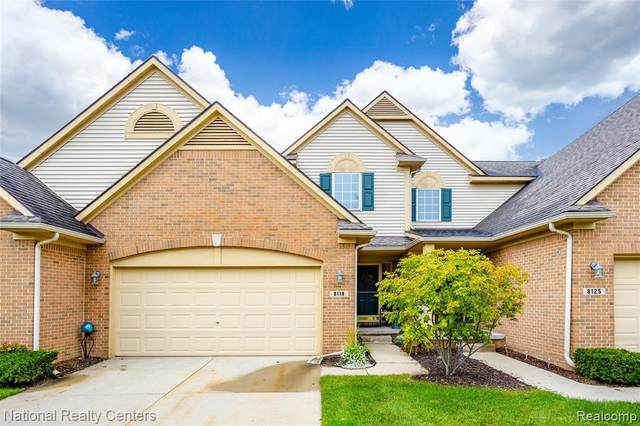 8119 Sutton Court, White Lake Twp, MI 48386 (#2210082884) :: National Realty Centers, Inc