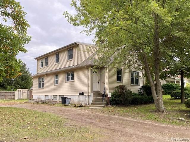 17820 Merriman Road, Livonia, MI 48152 (#2210084277) :: National Realty Centers, Inc