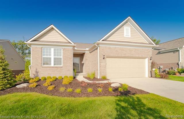4104 Ashdale Way, Independence Twp, MI 48348 (#2210084557) :: Robert E Smith Realty