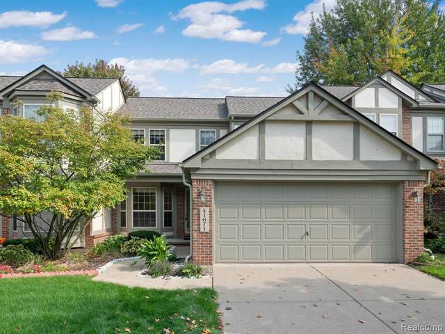 41671 White Tail Lane, Canton Twp, MI 48188 (#2210085132) :: Real Estate For A CAUSE
