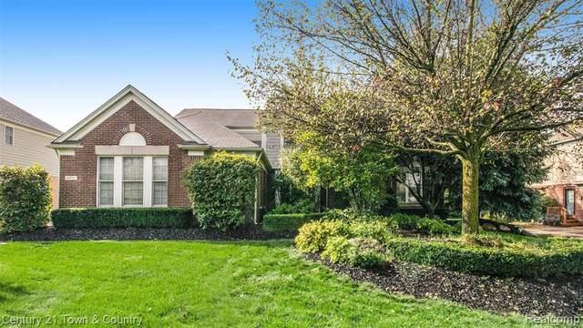 44521 White Pine Circle W, Northville Twp, MI 48168 (#2210085142) :: GK Real Estate Team