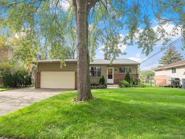 832 Provincetown Road, Auburn Hills, MI 48326 (#2210086419) :: RE/MAX Nexus