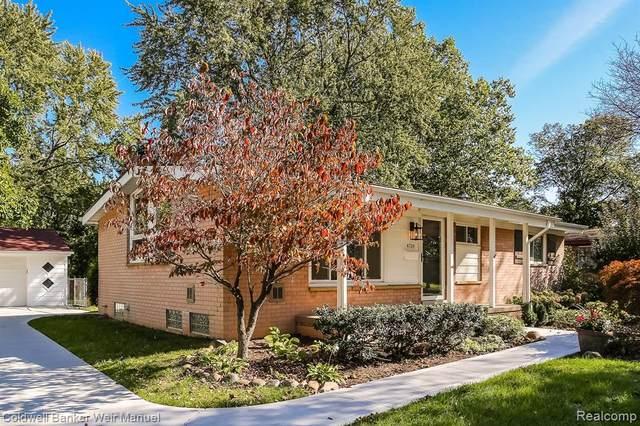 4724 Elmhurst Avenue, Royal Oak, MI 48073 (#2210089115) :: Real Estate For A CAUSE
