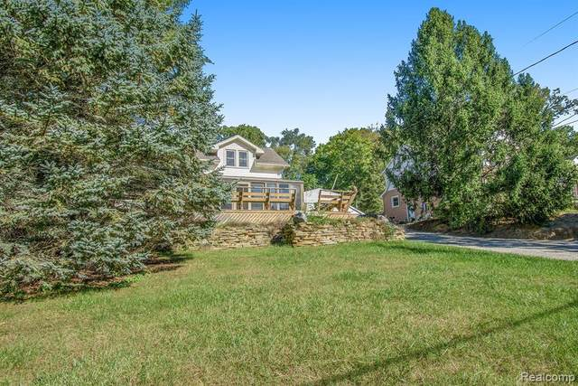 711 Nelson Street, Brighton, MI 48116 (#2210089253) :: Real Estate For A CAUSE