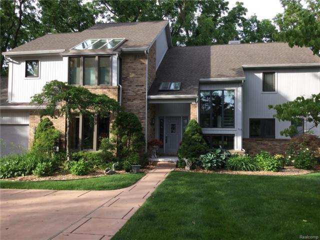 1778 Maplewood Avenue, Bloomfield Twp, MI 48302 (#217054091) :: Simon Thomas Homes