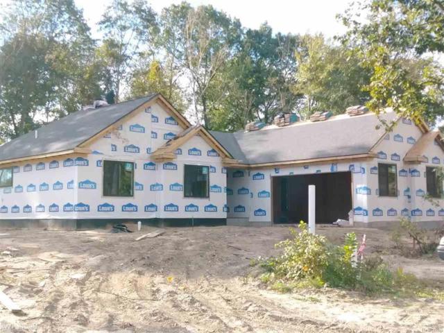 3001 Wedgewood Dr, Fort Gratiot, MI 48059 (#58031201539) :: Duneske Real Estate Advisors