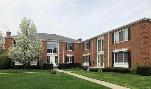 690 E Fox Hills Drive, Bloomfield Twp, MI 48304 (#218016502) :: Duneske Real Estate Advisors