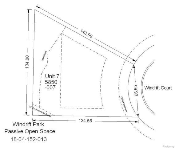 5850 Windrift Court, West Bloomfield Twp, MI 48324 (#218017507) :: RE/MAX Classic
