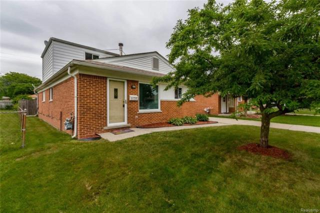 6138 Whitefield Street, Dearborn Heights, MI 48127 (#218018733) :: RE/MAX Classic