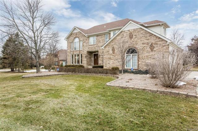 4704 Pier Court, Troy, MI 48098 (MLS #218021139) :: The Toth Team