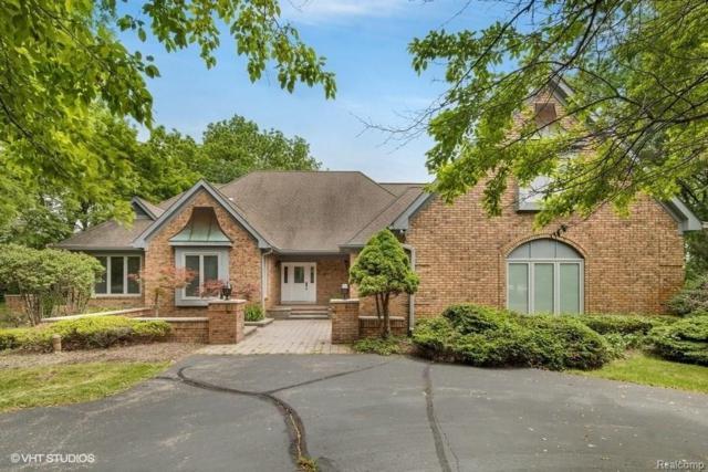 5818 Carmen Court E, Orchard Lake, MI 48324 (#218021877) :: The Buckley Jolley Real Estate Team