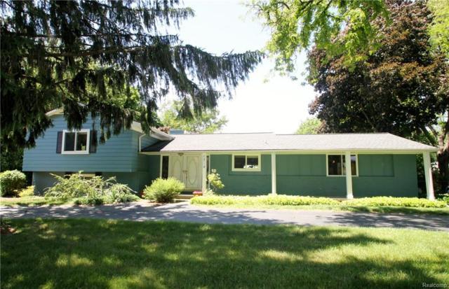 6714 Timber Ridge Drive, Bloomfield Twp, MI 48301 (MLS #218043197) :: The Toth Team